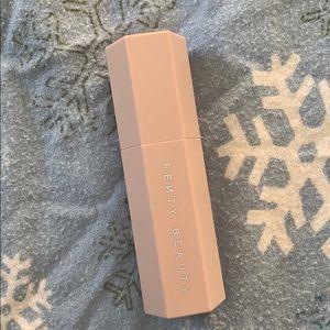 fenty beauty match stick contour stick/concealer